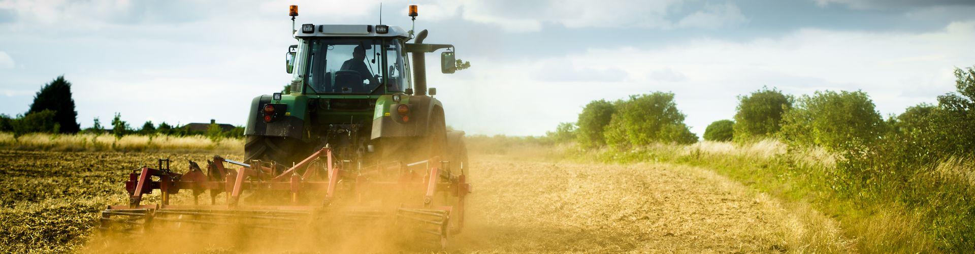 slider-3-traktor-servis